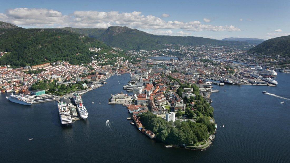 Bergen flyfoto.jpg