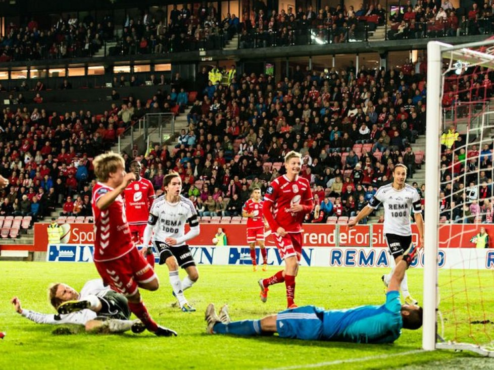 YOUNG MATCHWINNER: Bård Finne scored twice against Rosenborg.