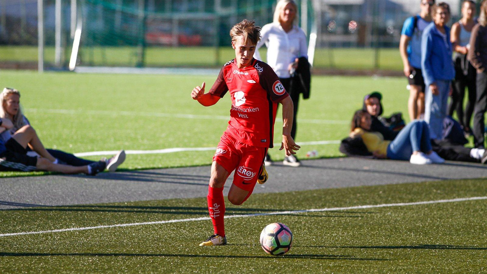 Eirik Moldenes i kamp mot Fjøra  for Brann 2 2. september 2017 i Norsk Tipping-ligaen avdeling 4 på Nymark kunstgress.
