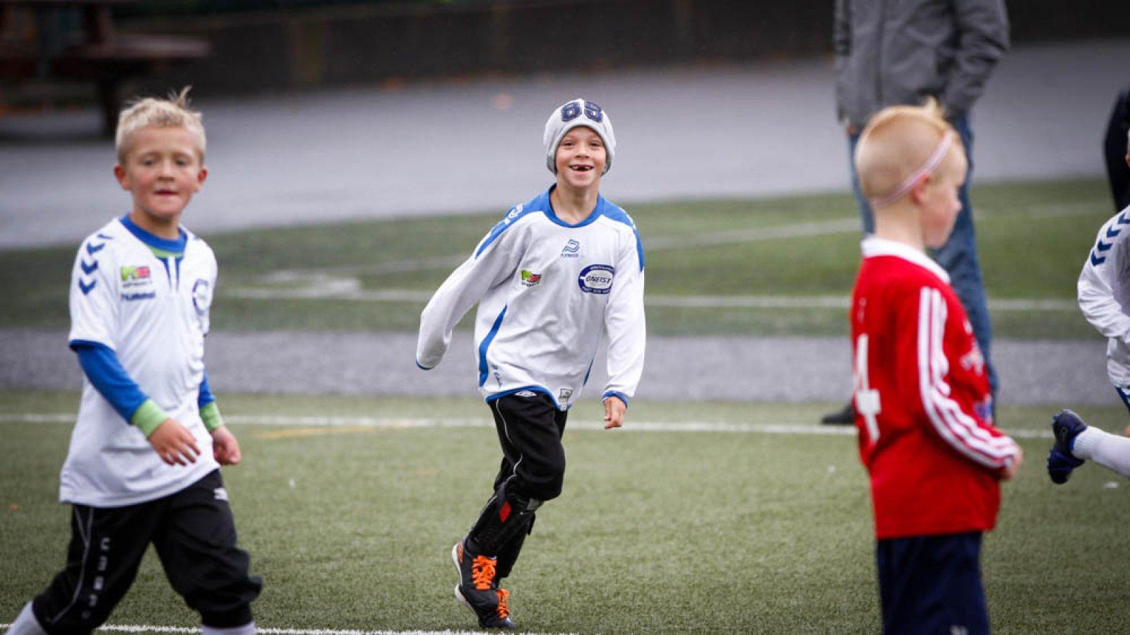Brann Sparebanken Vest Cup 2016: Kevin (7) jubler etter Gneist-scoring