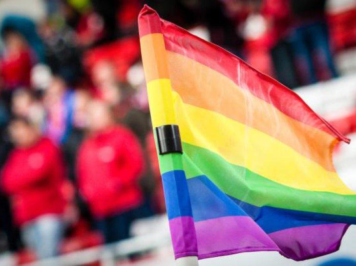 Cornerflaggene vil være i regnbuefarger under kampen mot Rosenborg.