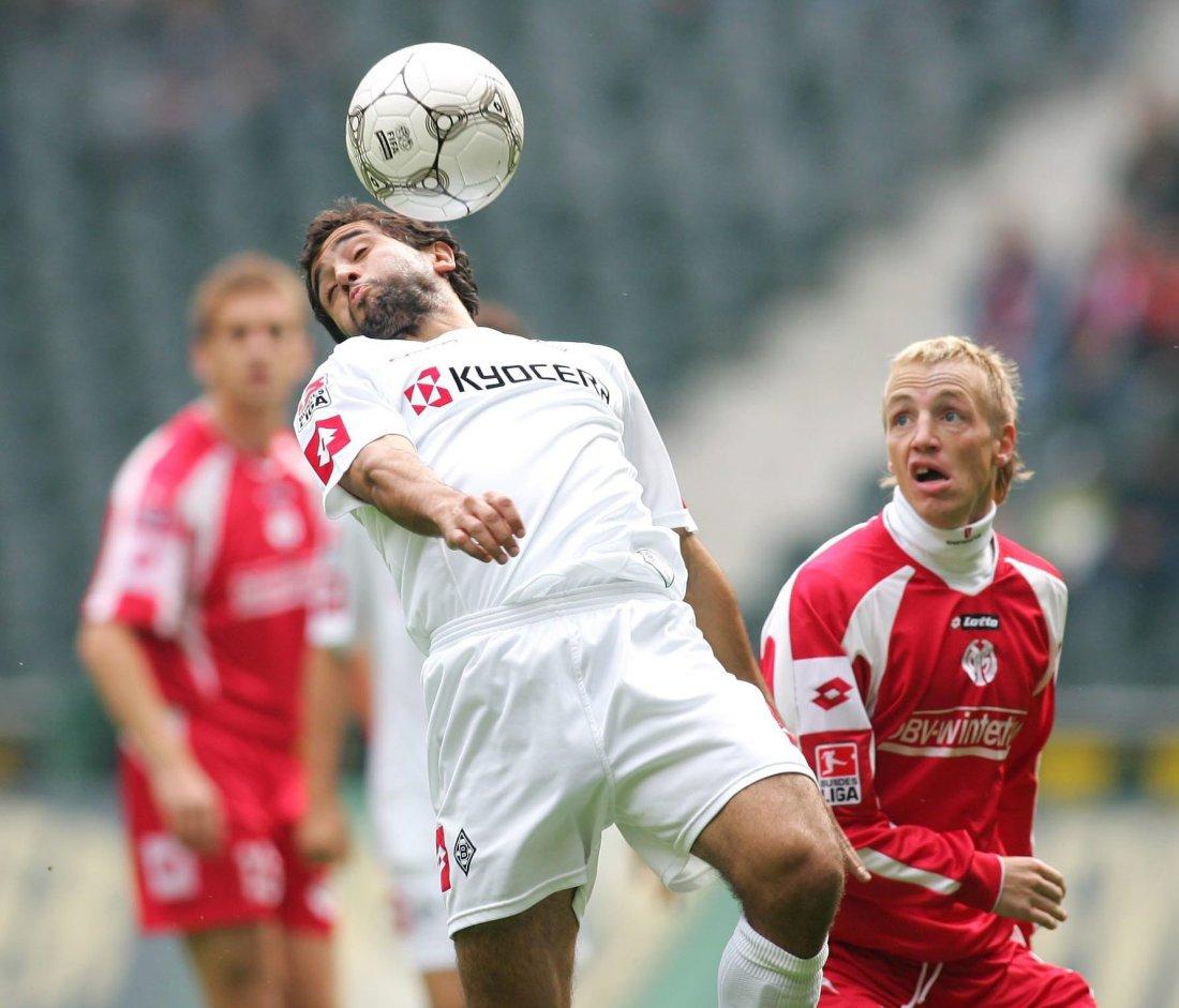 BUNDESLIGA: Hassan El Fakiri i kamp mot Mainz da han spilte for Borussia Mönchengladbach.
